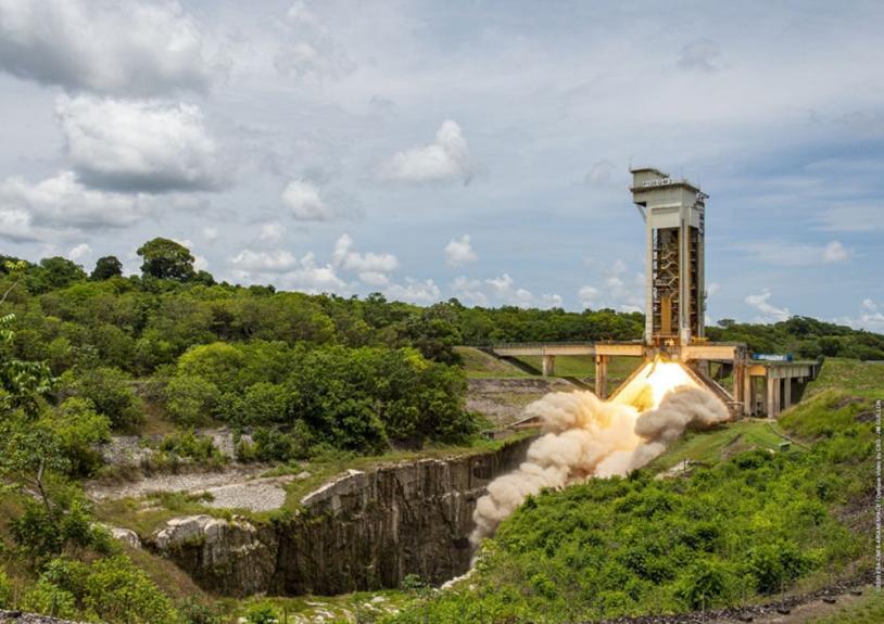 Succès du dernier essai du moteur P120C d'Ariane 6 et Vega-C