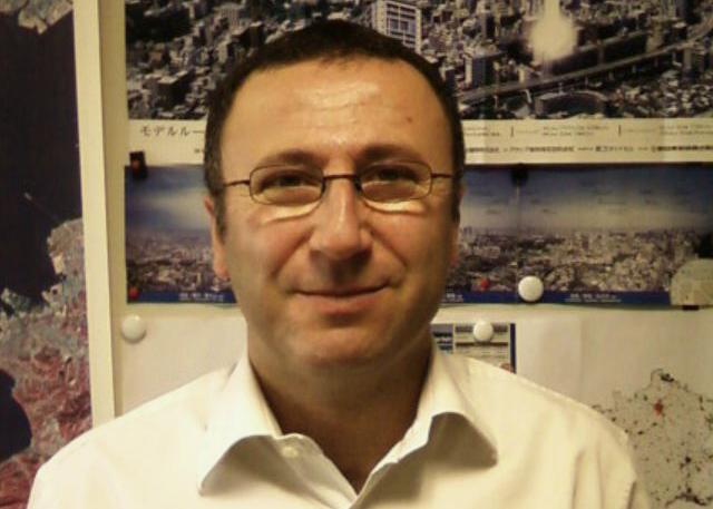 Christophe Allemand, spécialiste du très haut débit par satellite au CNES. Crédits : CNES.